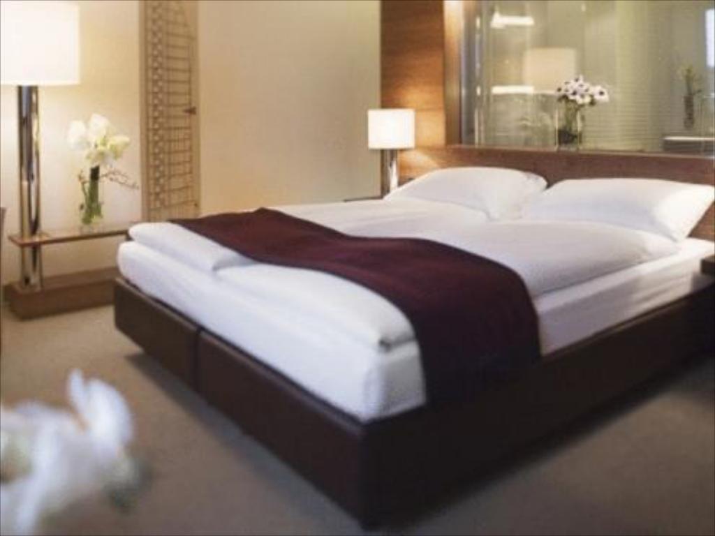 Full Size of Betten Hamburg Mvenpick Hotel Movenpick Tagesdecken Für De Gebrauchte Breckle Kaufen 140x200 Mit Stauraum Wohnwert Massiv 160x200 Rauch Billerbeck Bett Betten Hamburg
