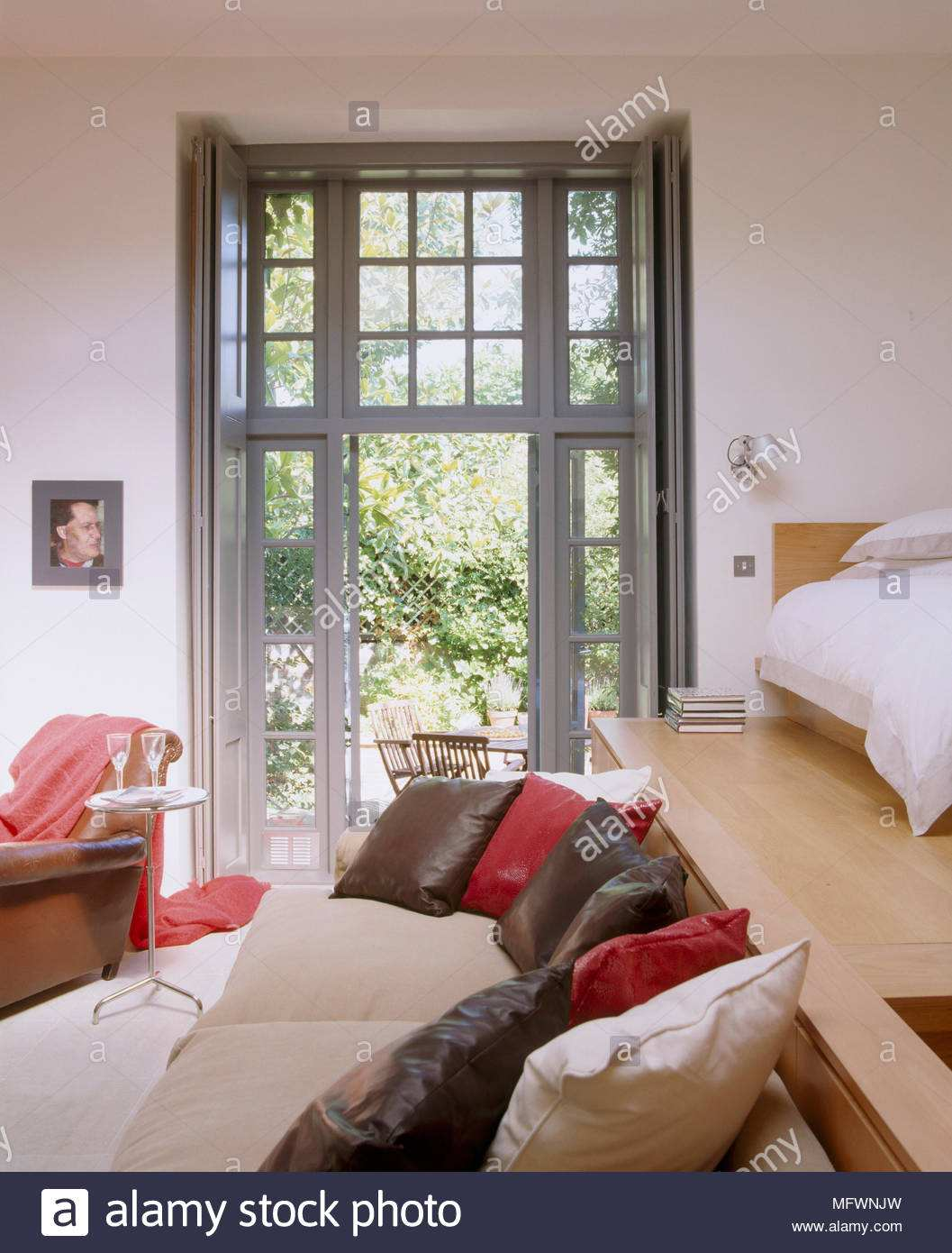 Full Size of Luxus Bett 59 Im Wohnzimmer Integrieren Schn Tolles Tagesdecken Für Betten Nolte Mit Ausziehbett Moebel De Gebrauchte 200x200 Komforthöhe Roba 120 X 200 Cars Bett Luxus Bett