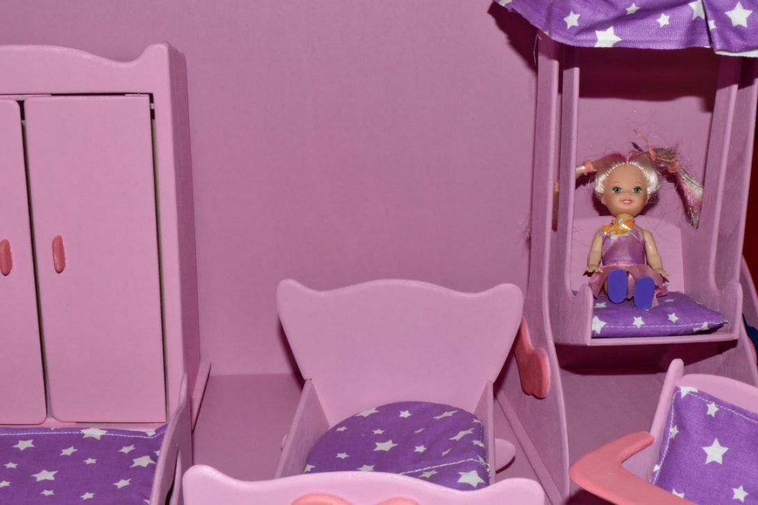 Large Size of Kostenlose Bild Schlafzimmer Loddenkemper Deckenlampe Kommode Günstige Komplett Stapelstuhl Garten Sitzfläche Stuhl Wandtattoos Sessel Romantische Rauch Schlafzimmer Schlafzimmer Stuhl
