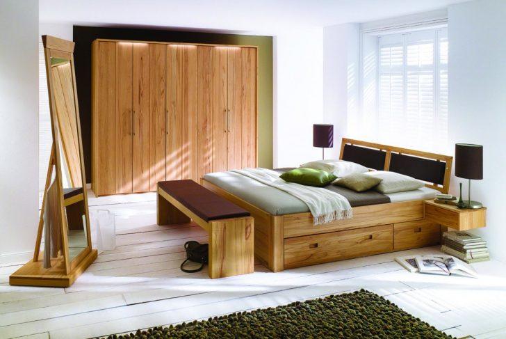 Medium Size of Schlafzimmer Massivholz Kleiderschrank Dansk Design Massivholzmbel Regal Deckenleuchten Landhausstil Lampen Betten Set Günstige Mit Matratze Und Lattenrost Schlafzimmer Schlafzimmer Massivholz