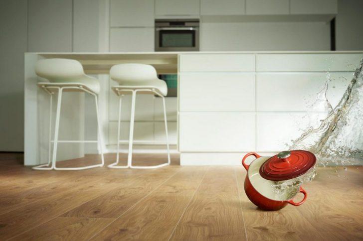 Medium Size of Küche Bodenbelag Parkett Oder Vinyl Kche Klick Erfahrungen Laminat Aluminium Verbundplatte Obi Einbauküche Einzelschränke Für L Form Mini Modern Weiss Küche Küche Bodenbelag