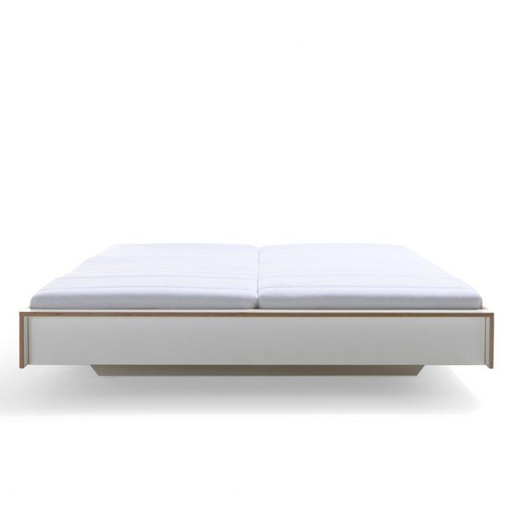 Medium Size of Einfaches Bett Funktions Landhausstil 220 X 200 Designer Betten München 200x200 Nussbaum 180x200 120x190 Balken Platzsparend Einzelbett Dico Barock Mit Bett Einfaches Bett