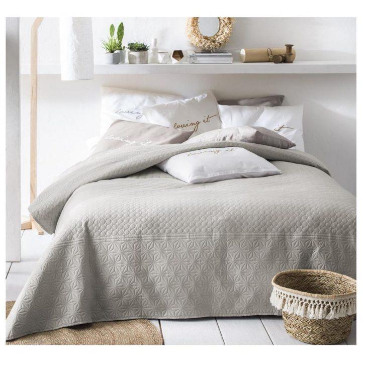 Medium Size of Tagesdecke Bett Sofaberwurf Gesteppt 220cm 2 Real Ebay Betten 180x200 Ausklappbares Keilkissen Funktions Weißes 160x200 120 X 200 Tagesdecken Für Günstige Bett Tagesdecke Bett