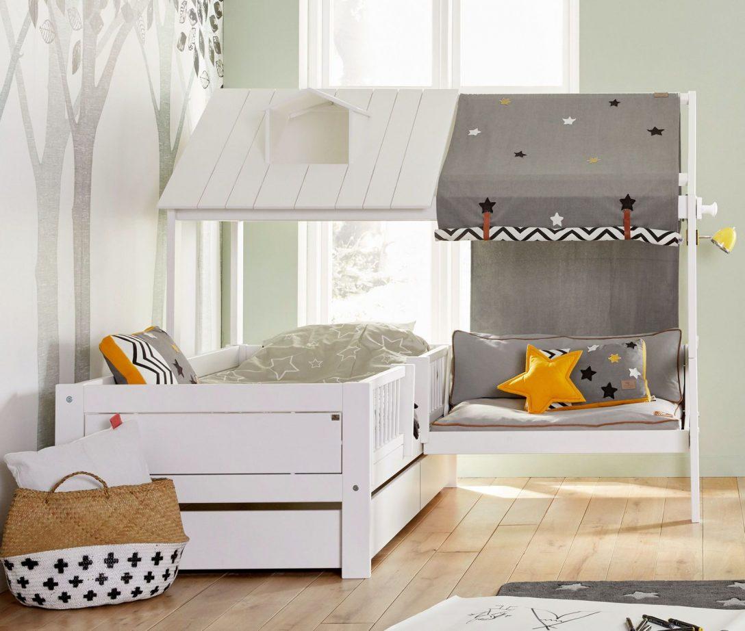 Large Size of Kinder Bett Lifetime Kinderbett Mit Angebautem Sofa Und Dach Ferienhaus Bettwäsche Sprüche Selber Zusammenstellen Amerikanische Betten Topper Bettkasten Bett Kinder Bett