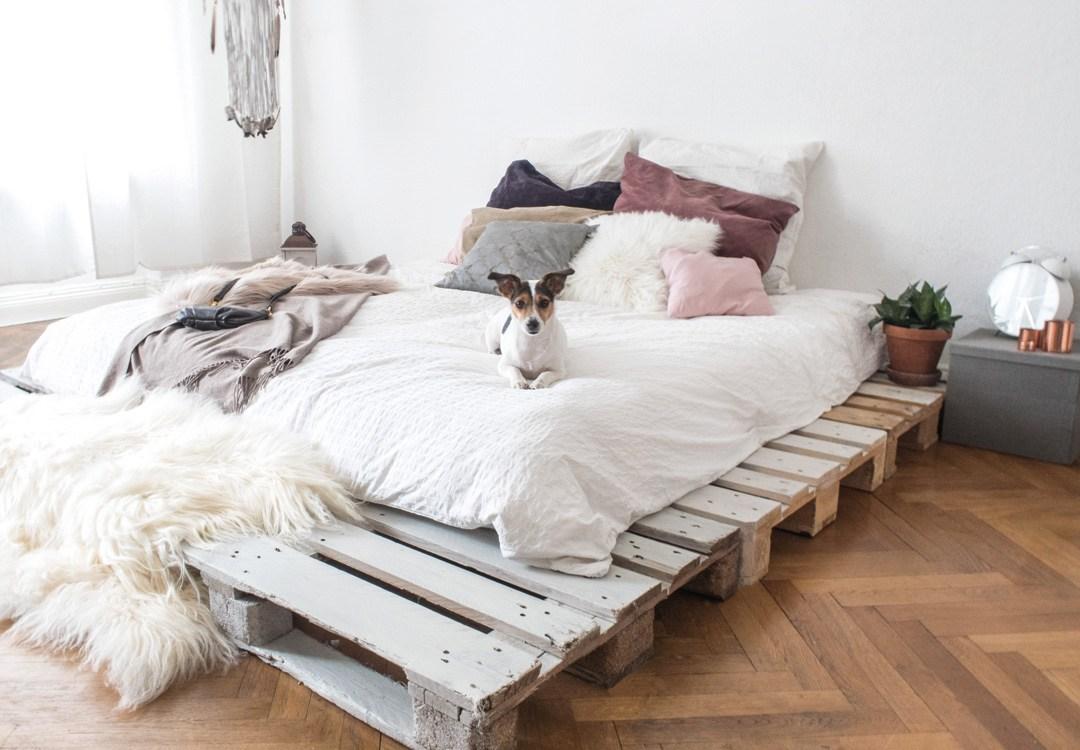 Full Size of Bett Aus Paletten Kaufen 140x200 Mit Lattenrost Europaletten Gebraucht Dein Eigenes Palettenbett In Wenigen Schritten Selbstgebaut Schlafzimmer Betten Bett Bett Aus Paletten Kaufen