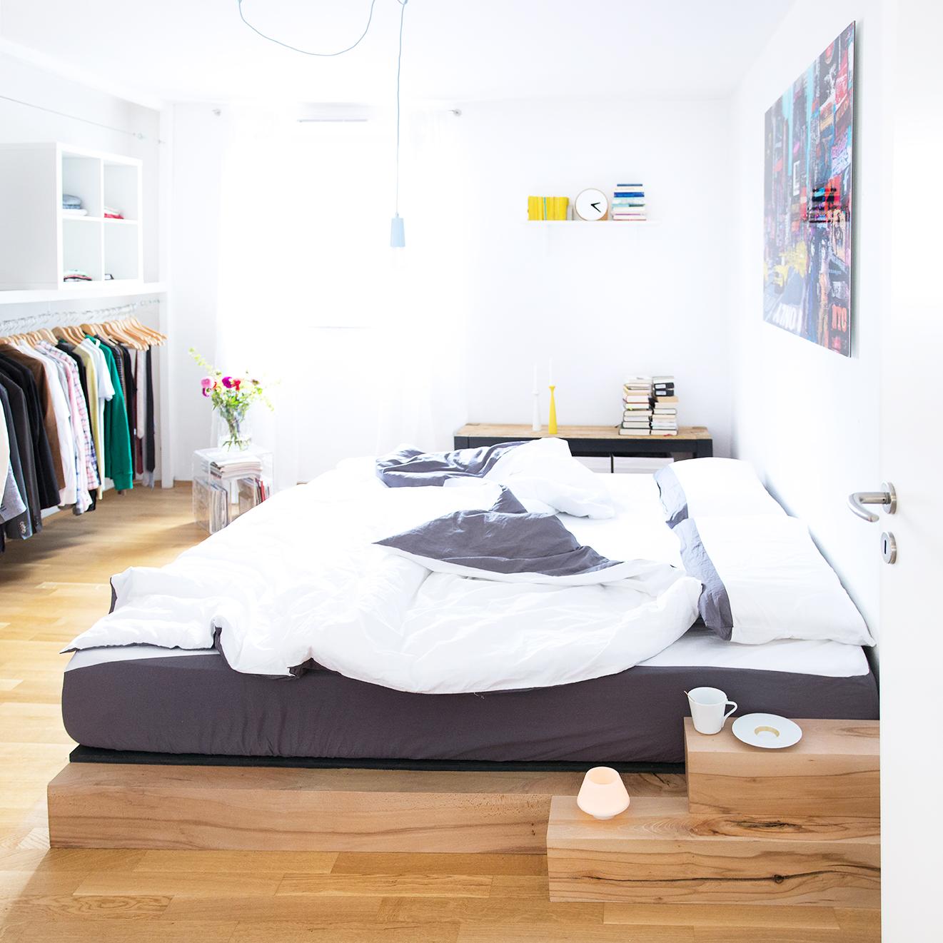 Full Size of Günstige Betten Diy Bett Anleitung Zum Selber Bauen Eines Massiv Holz Bettes Billige Balinesische Wohnwert Mit Aufbewahrung Schlafzimmer Außergewöhnliche Bett Günstige Betten