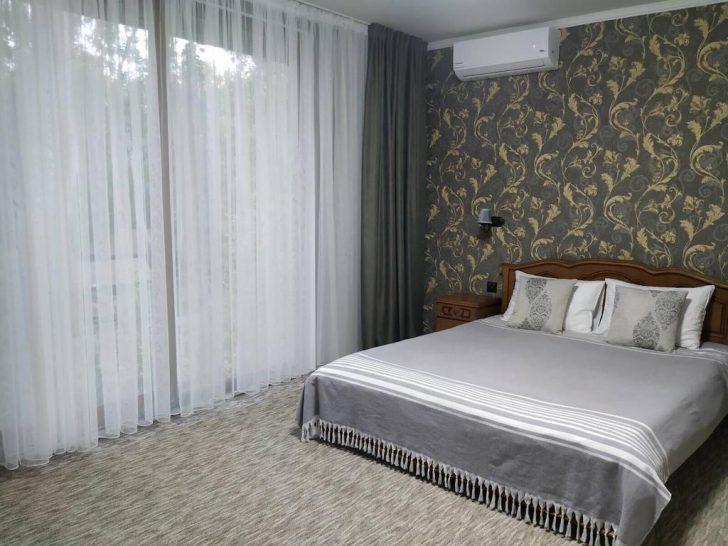 Medium Size of Mini Hotel Baza De Odihna Ciocirlia Moldawien Chiinu Bookingcom Boxspring Bett Landhausstil Rausfallschutz Weisses Billerbeck Betten Günstig Kaufen Metall Bett Baza Bett