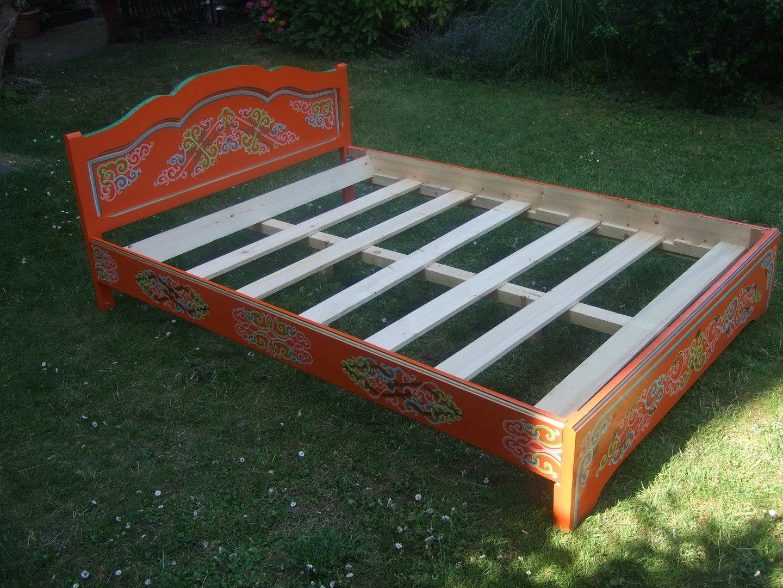 Full Size of Einfaches Mongolisches Bett Bambus Kopfteil 140 Günstig Ausziehbar Betten 120x200 Sofa Mit Bettfunktion Stauraum Antik Ebay 180x200 Weisses Holz Weißes Bett Einfaches Bett