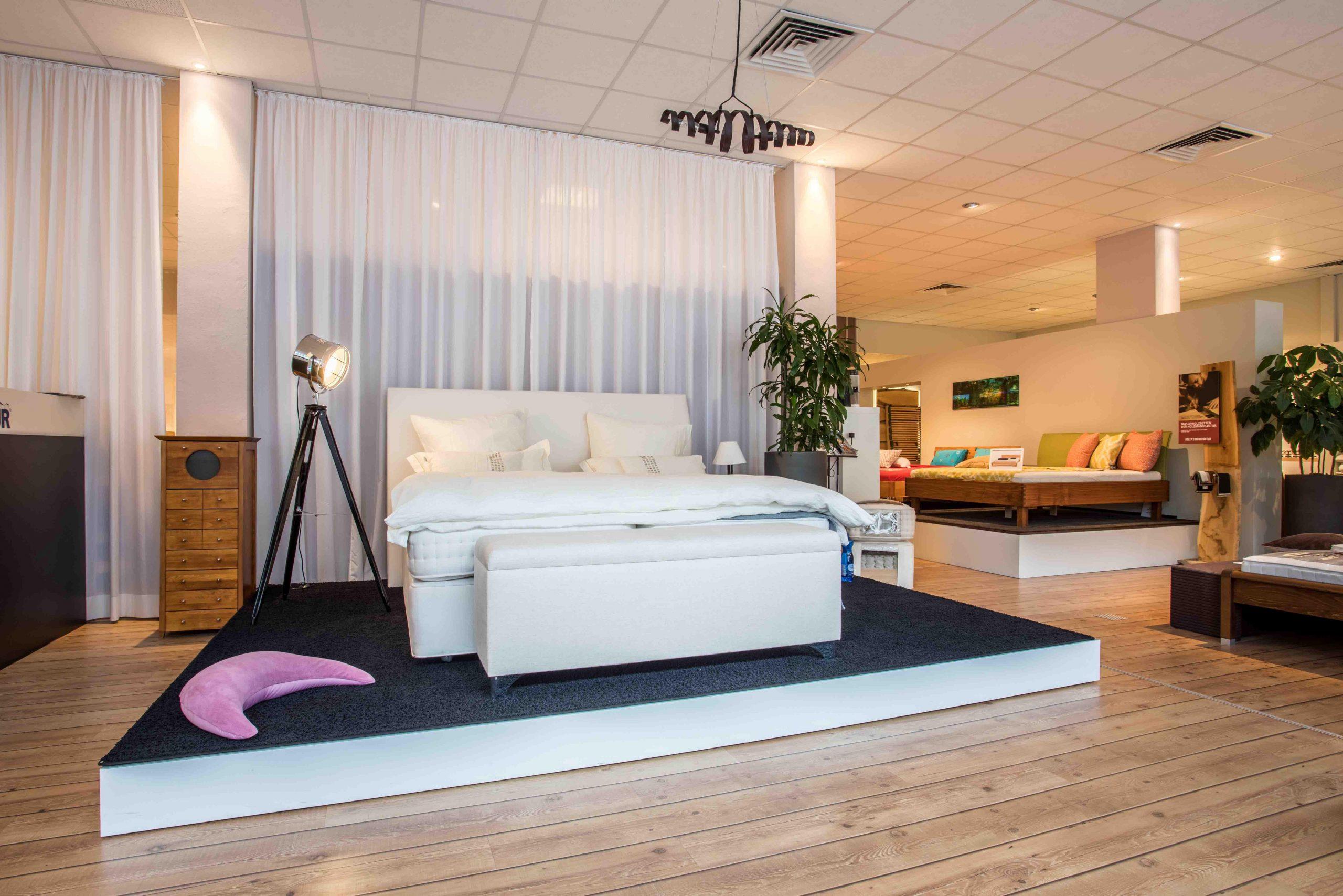 Full Size of Matratzen Und Betten Kln Bettenwelten Designer Mannheim Für Teenager 90x200 Schlafzimmer 200x220 Somnus Amazon Ebay 120x200 Ikea 160x200 Hülsta Bett Betten Köln