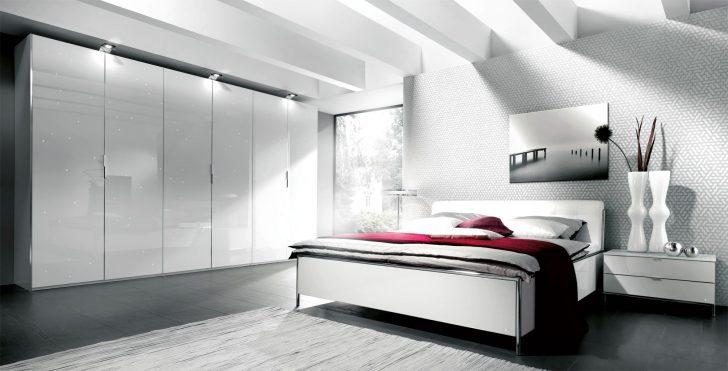 Medium Size of Schlafzimmer Komplett Weiß Genial Hochglanz Weiss Wei Günstige Bett 100x200 Regale Schimmel Im Deckenlampe Big Sofa Wandlampe Betten Rauch Komplette Günstig Schlafzimmer Schlafzimmer Komplett Weiß