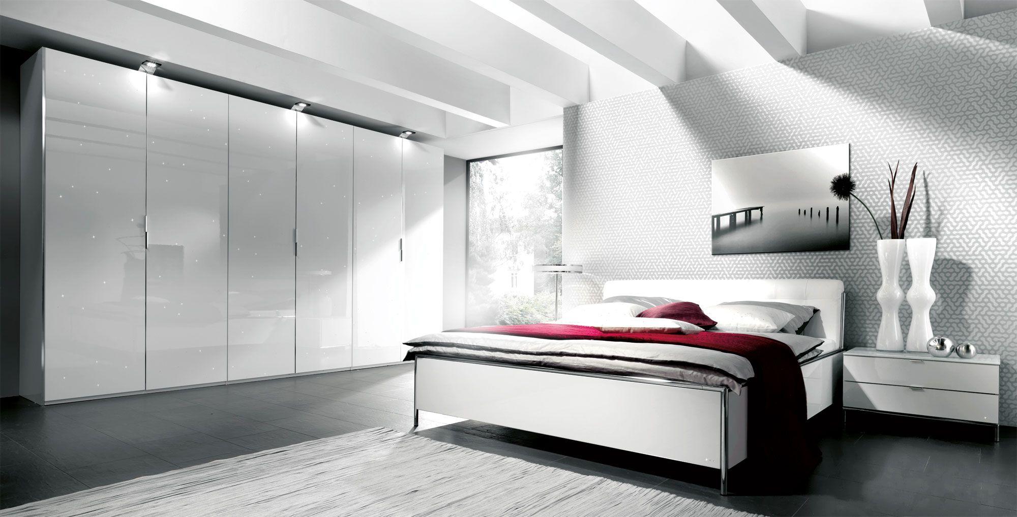 Full Size of Schlafzimmer Komplett Weiß Genial Hochglanz Weiss Wei Günstige Bett 100x200 Regale Schimmel Im Deckenlampe Big Sofa Wandlampe Betten Rauch Komplette Günstig Schlafzimmer Schlafzimmer Komplett Weiß