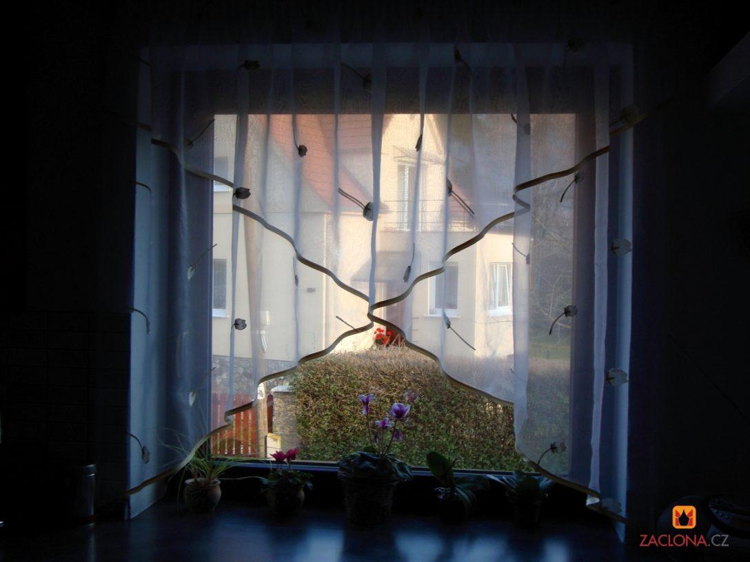 Large Size of Gardinen Für Die Küche Feinen Mit Muster Als Effektvolle Fensterdekoration Müllschrank Weiße Kräutertopf Sitzecke Stengel Miniküche Fliesen Dusche Küche Gardinen Für Die Küche