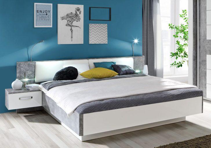 Medium Size of Doppelbett Ehebett Bettgestell Bett Mit Nachtkonsolen 180 200 Cm Rückwand Betten Aus Holz Minimalistisch Günstige 120 X 160x200 Schwebendes Balken Bett Bett Mit Schubladen 180x200
