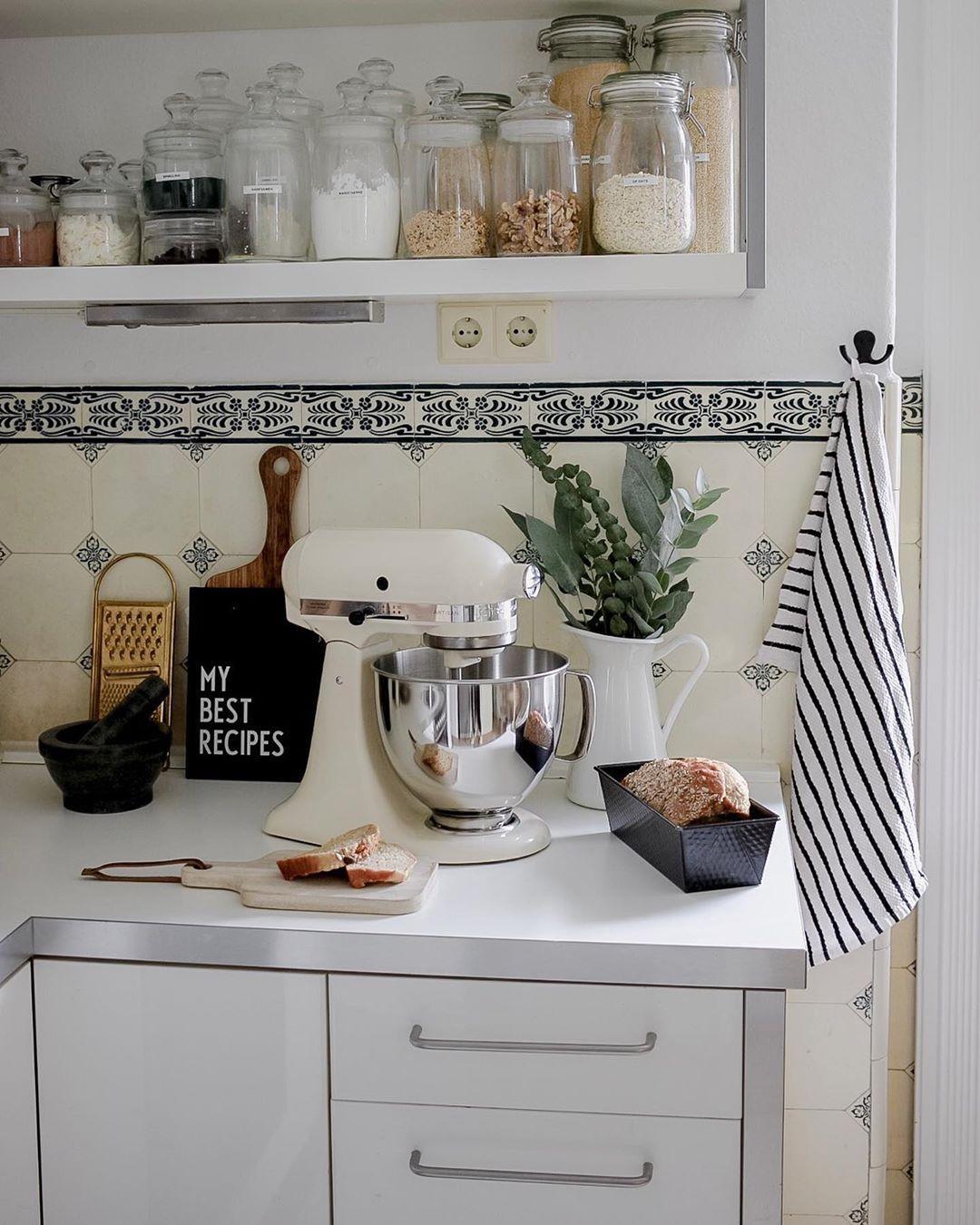 Full Size of Kchendeko So Wirds Wohnlich Polsterbank Küche Mülltonne Salamander Wickelbrett Für Bett Bodenbelag Ohne Geräte Kaufen Günstig Nischenrückwand Tapeten Küche Deko Für Küche
