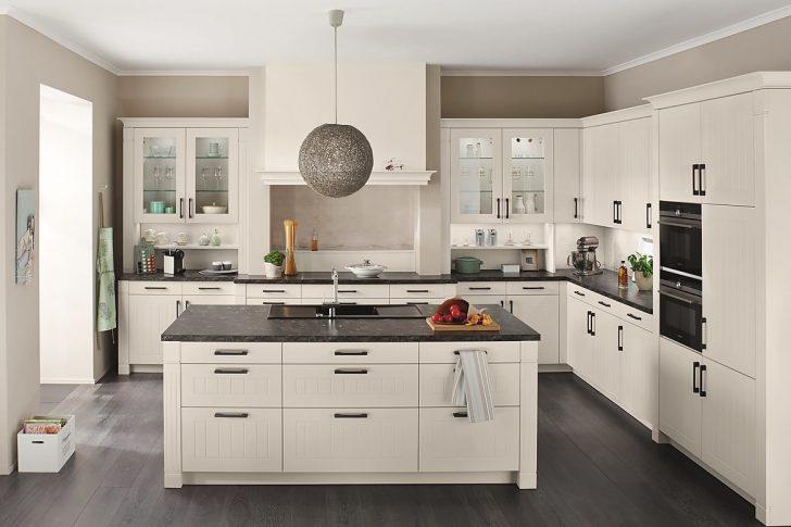 Medium Size of Landhausküche Romantische Gebraucht Weiß Weisse Moderne Grau Küche Landhausküche