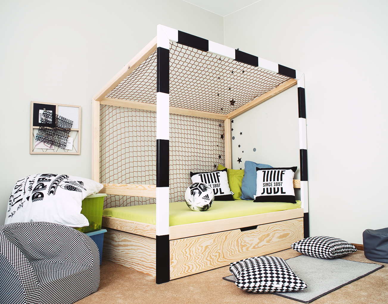 Full Size of Ausgefallene Betten Fuball Bett Kinderbett 1594 Minimidi Design 200x220 Günstige 180x200 Amazon Günstig Kaufen Rauch Ruf Preise Gebrauchte Xxl Bonprix Bett Ausgefallene Betten