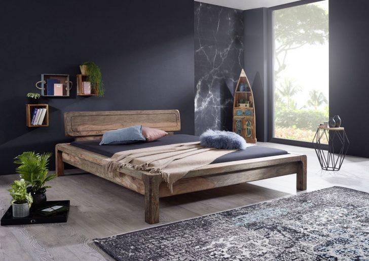 Medium Size of Bett Modern Design Italienisches Puristisch Aus Sheesham Palisander Holz Gelt Grau Betten 100x200 Mit Matratze Und Lattenrost 140x200 King Size Bei Ikea Bett Bett Modern Design