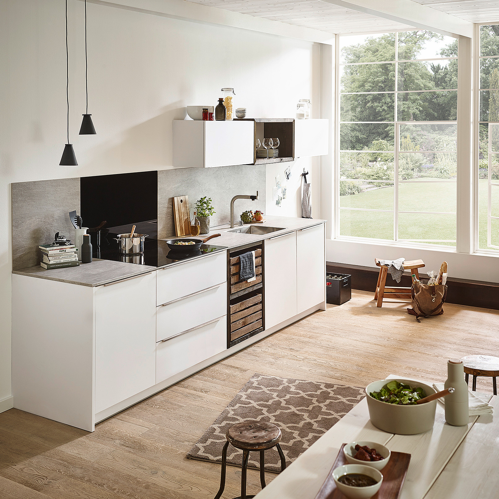 Full Size of Küche Landhaus Kaufen Günstig Möbelgriffe Was Kostet Eine Neue Schnittschutzhandschuhe Einbauküche Mit Elektrogeräten L Form Kleine Grau Hochglanz Küche Rückwand Küche Glas