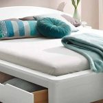 Amerikanisches Bett Hoch Beziehen King Size Kaufen Selber Bauen Holz Bettgestell Bettzeug Amerikanische Betten Kissen Mit Vielen Landhausstil Landhaus Online Bett Amerikanisches Bett