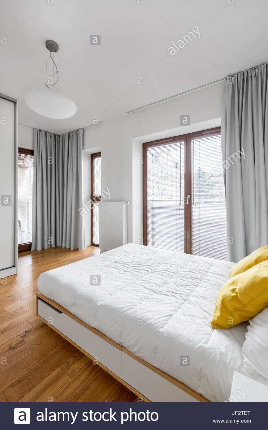Full Size of Weißes Schlafzimmer Weies Mit Doppelbett Gardinen Günstige Rauch Komplett Günstig Tapeten Romantische Sessel Sofa Landhausstil Kommode Wandtattoos Bett Schlafzimmer Weißes Schlafzimmer