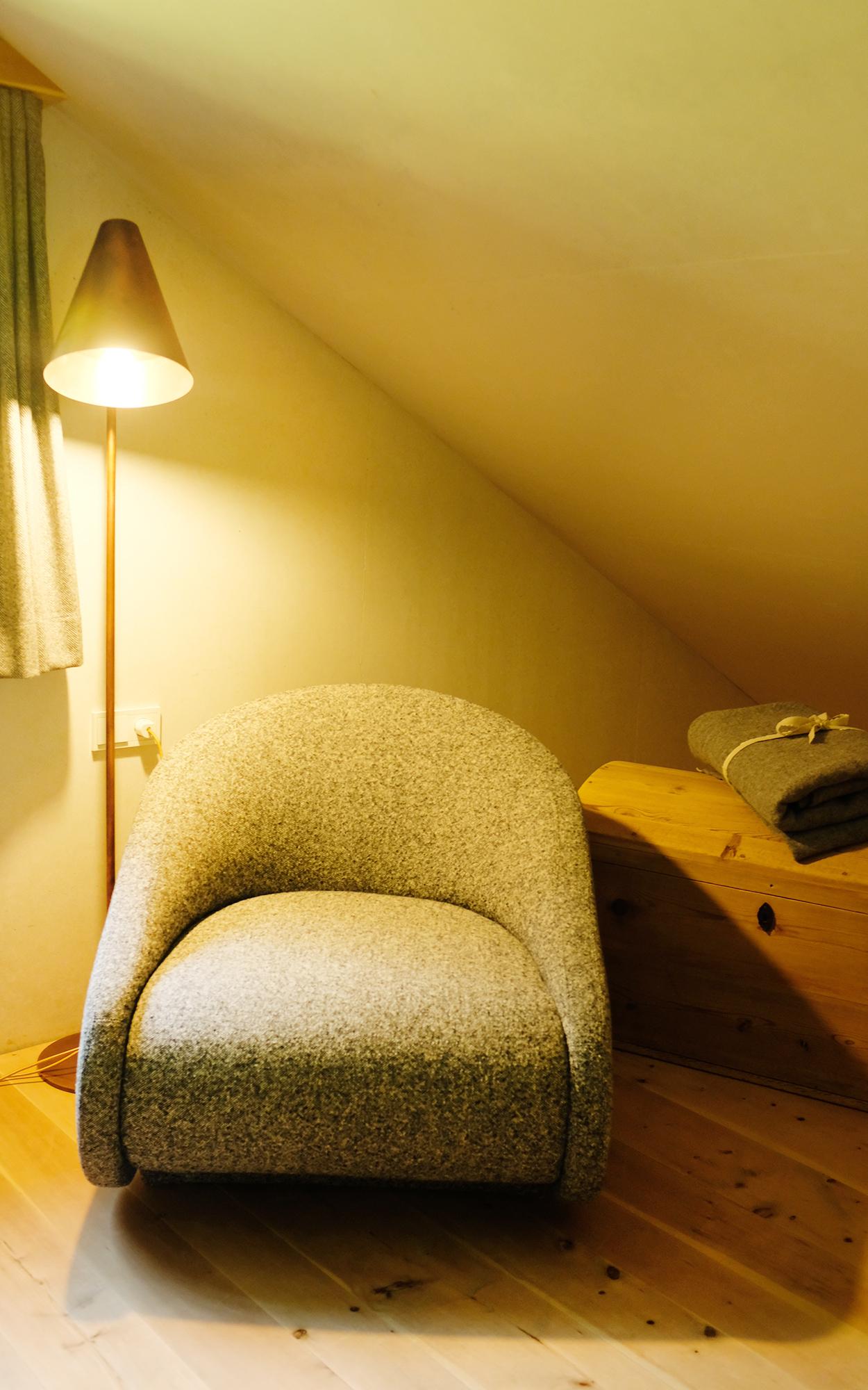 Full Size of Sessel Schlafzimmer Alpen Wohlgeraten Set Landhaus Komplett Guenstig Kommode Stuhl Günstige Kommoden Deckenlampe Weiß Günstig Deckenleuchten Rauch Led Schlafzimmer Sessel Schlafzimmer