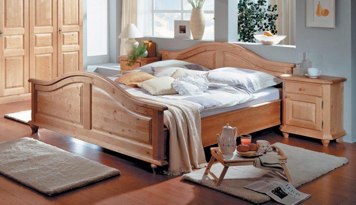 Medium Size of Betten 120x200 Bett Weiß Großes Prinzessin Breckle Ohne Kopfteil Hohes Rattan 160x200 Mit Lattenrost Zum Ausziehen Massivholz 140x200 Füße Breite Altes Bett Bett Landhausstil