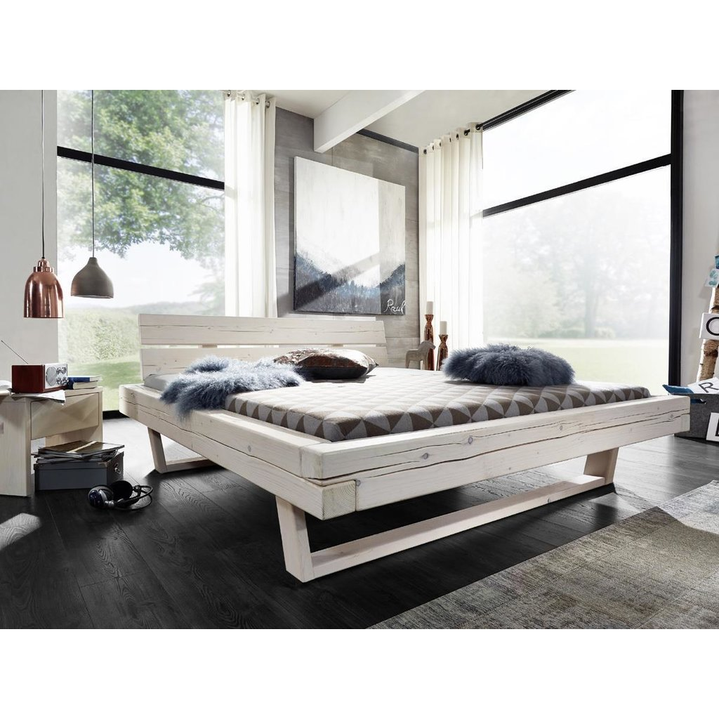 Full Size of Balkenbett Fichte Massiv Wei Lasiert Ruf Betten Fabrikverkauf Mit Bettkasten Weißes Bett Schweißausbrüche Wechseljahre Küche Weiß Matt Günstig Kaufen Bett Betten Weiß