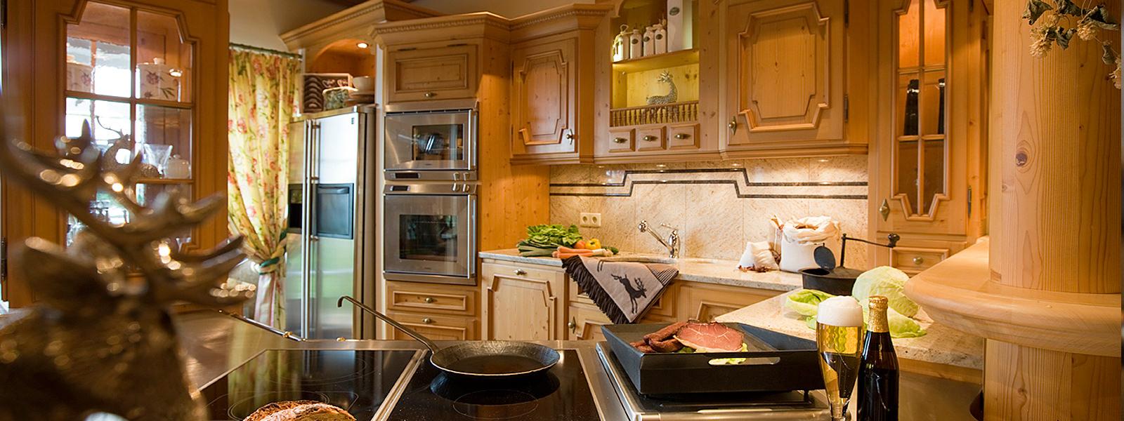 Full Size of Landhausküche Hochwertige Landhauskchen Exklusiv Und Fr Jeden Geschmack Weisse Grau Moderne Gebraucht Weiß Küche Landhausküche