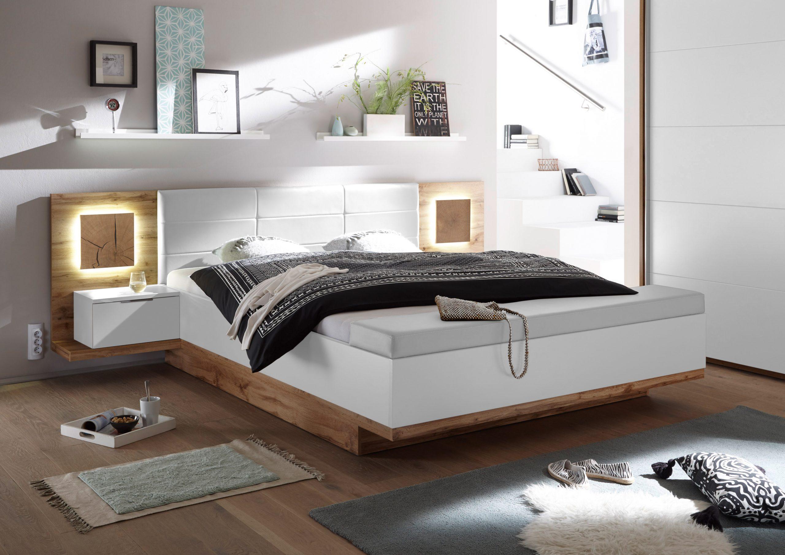 Full Size of Doppelbett Nachtkommoden Capri Xl Bett Ehebett Fussbank 180x200 Weiß Nolte Betten Frankfurt überlänge Badezimmer Hochschrank Hochglanz Ruf Preise Kaufen Bett Betten Weiß