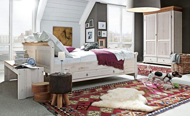 Medium Size of Schlafzimmer Landhaus Bettgestell 180x200 Wei Kiefer Stil Bornholm Schranksysteme Gardinen Moderne Landhausküche Vorhänge Wiemann Landhausstil Teppich Schlafzimmer Schlafzimmer Landhaus