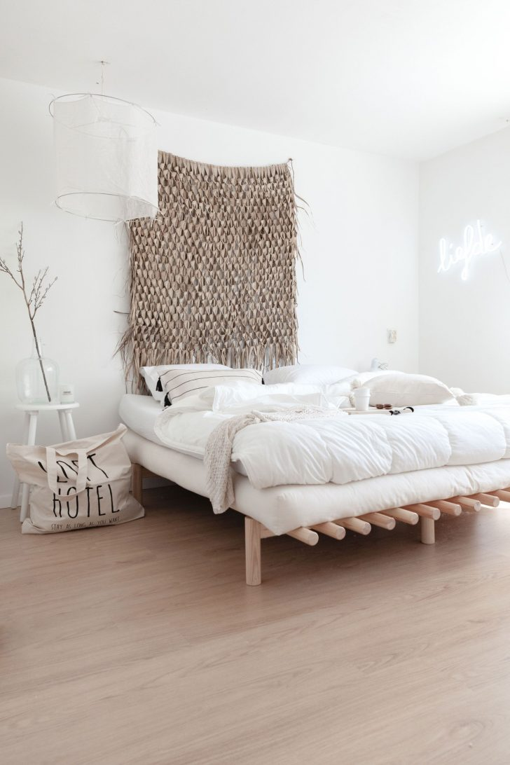 Medium Size of Karup Design Pace Futonbett Natur Lackiert 200 180 Cm In Günstig Betten Kaufen Bett 140x200 Mit Stauraum Landhausstil 160 Graues Einfaches Schwebendes Ruf Bett Bett 200x180