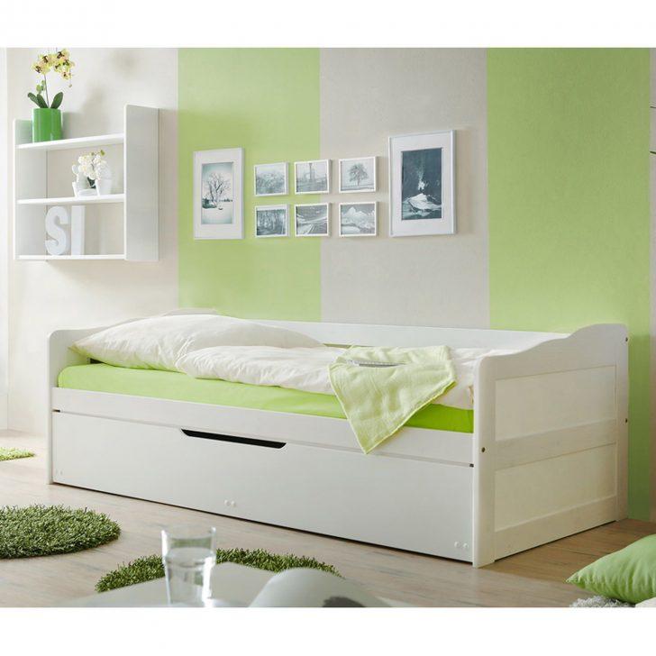 Medium Size of Massivholzbetten Shop Aldi Metallbett Quietscht Doppelbett Schlafzimmer Komplett Weiß Deckenleuchte Modern Led Chesterfield Sofa Günstig Esstisch Günstige Schlafzimmer Komplett Schlafzimmer Günstig