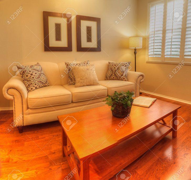 Medium Size of Anordnung Sofa Kleines Wohnzimmer Kleines Wohnzimmer Mit Sofa Und Esstisch Sofas Für Kleines Wohnzimmer Leder Sofa Kleines Wohnzimmer Wohnzimmer Sofa Kleines Wohnzimmer