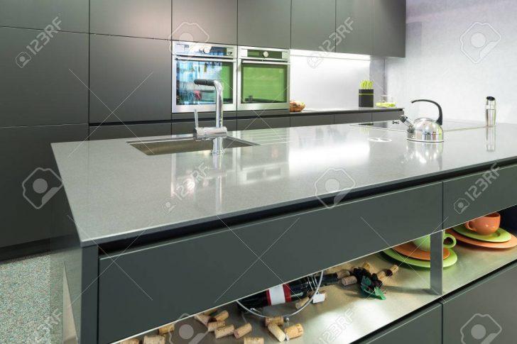Medium Size of Anthracite Modern Kitchen With Oven And Steamer With Island Küche Küche Anthrazit