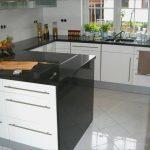 Küche Vorhang Arbeitsplatte Natthanicha Thai Küche Mannheim Mit   Granit Arbeitsplatten Aus Polen Küche Arbeitsplatten Küche
