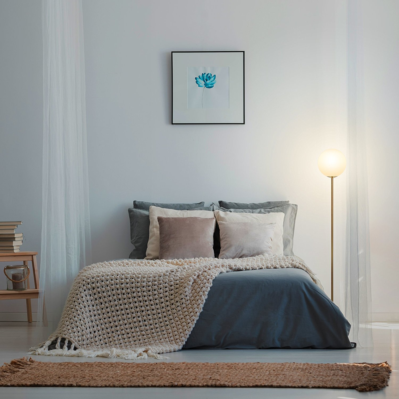 Full Size of Stehlampe Schlafzimmer Nordic Milchglas Globus Led Luxus Massivholz Lampe Sessel Truhe Nolte Wandtattoo Teppich Komplett Weiß Schlafzimmer Stehlampe Schlafzimmer
