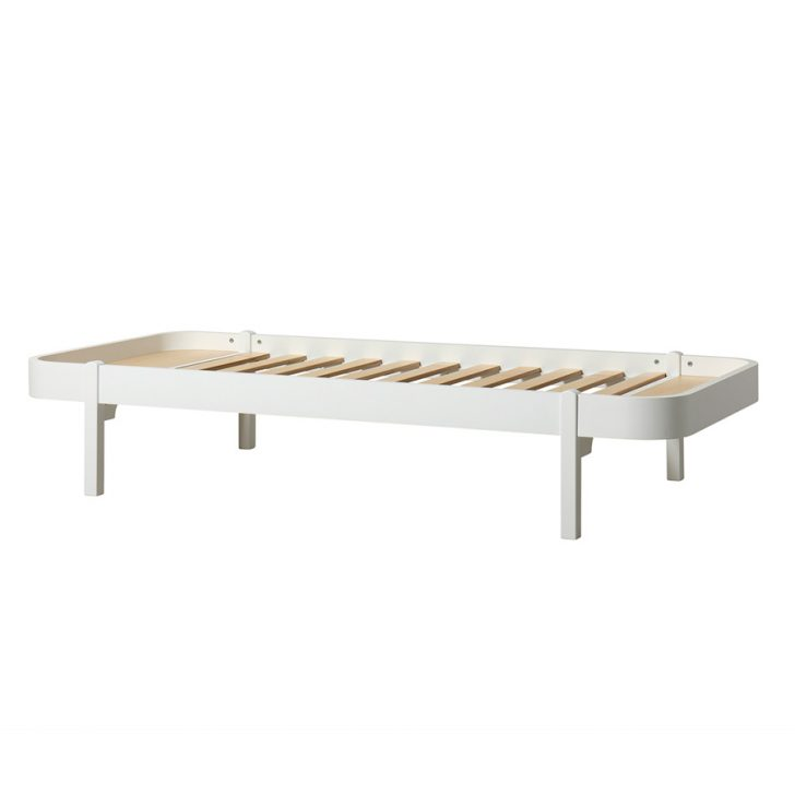 Medium Size of Bett Weiß 90x200 Oliver Furniture Wood Lounger 90 200 Wei Online Kaufen Feng Shui Rustikales Mit Bettkasten 140x200 Bad Hängeschrank Hochglanz Dänisches Bett Bett Weiß 90x200