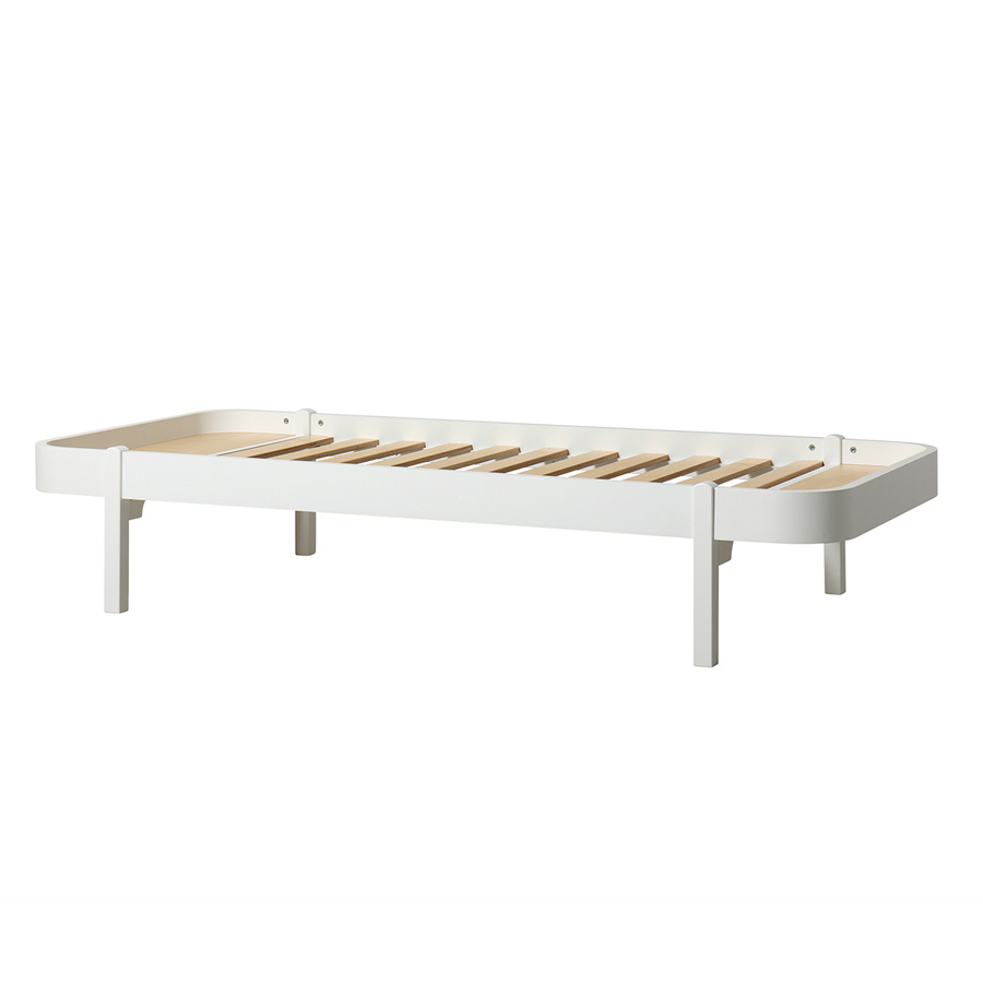 Full Size of Bett Weiß 90x200 Oliver Furniture Wood Lounger 90 200 Wei Online Kaufen Feng Shui Rustikales Mit Bettkasten 140x200 Bad Hängeschrank Hochglanz Dänisches Bett Bett Weiß 90x200