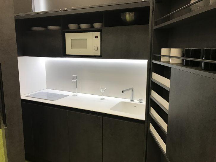 Medium Size of Büro Küche Mit Kühlschrank Und Geschirrspüler Büro Küche Ikea In Der Büroküche Gibts Kuchen Büroküche 180 Cm Küche Büroküche