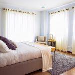 Amerikanisches Bett Mit Vielen Kissen King Size Kaufen Bettzeug Amerikanische Betten Beziehen Bettgestell Hoch Holz Selber Bauen Ratgeber 180x200 Lattenrost Bett Amerikanisches Bett