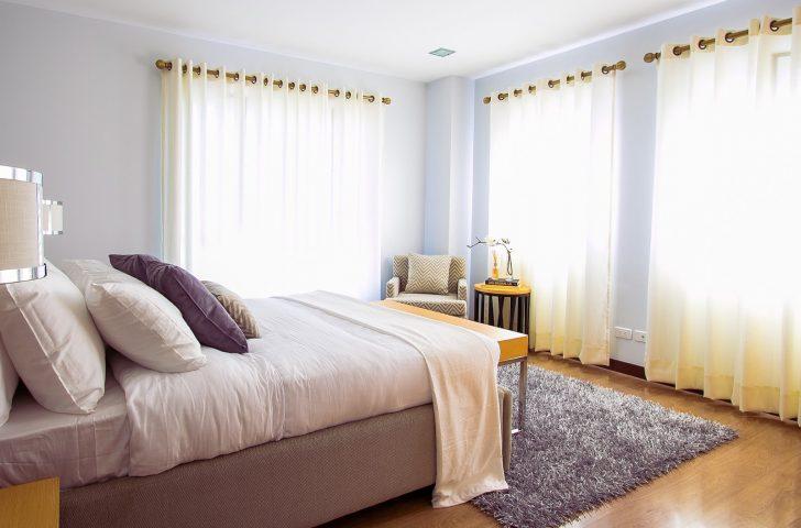 Medium Size of Amerikanisches Bett Mit Vielen Kissen King Size Kaufen Bettzeug Amerikanische Betten Beziehen Bettgestell Hoch Holz Selber Bauen Ratgeber 180x200 Lattenrost Bett Amerikanisches Bett