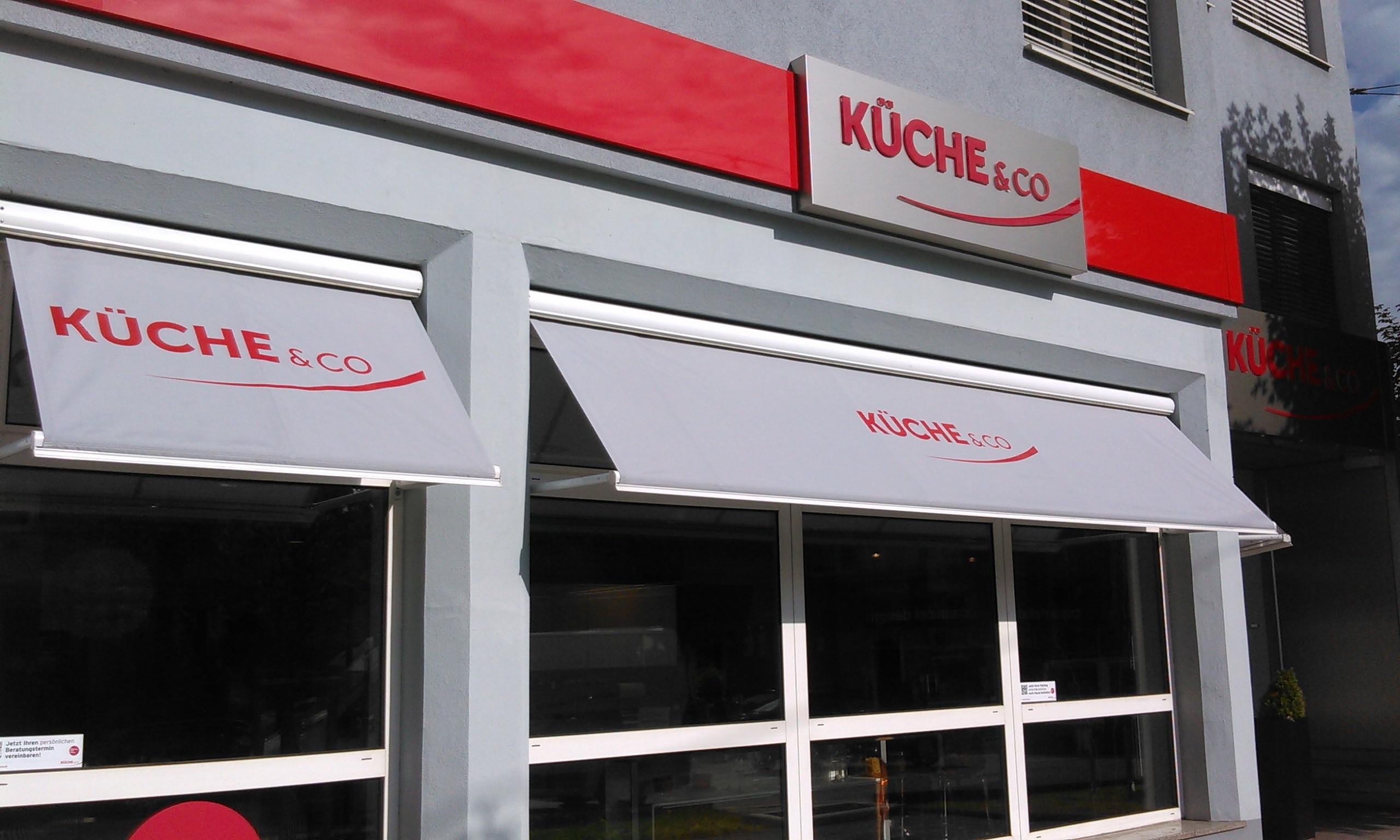 Full Size of Küche Auf Raten Kchenstudio Salzburg Kcheco Lüftungsgitter Regal Kaufen Deckenlampe Aufbewahrungsbehälter Hängeschränke Fenster Maß Magnettafel Dusch Wc Küche Küche Auf Raten