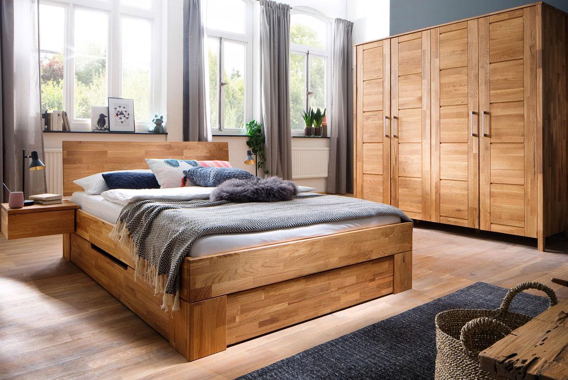 Full Size of Schlafzimmer Komplett Weiß Luxus Massivholz Regal Wandbilder Deckenleuchte Modern Poco Weißes Günstige Esstisch Schrank Betten Wandtattoo Schimmel Im Schlafzimmer Schlafzimmer Komplett Massivholz