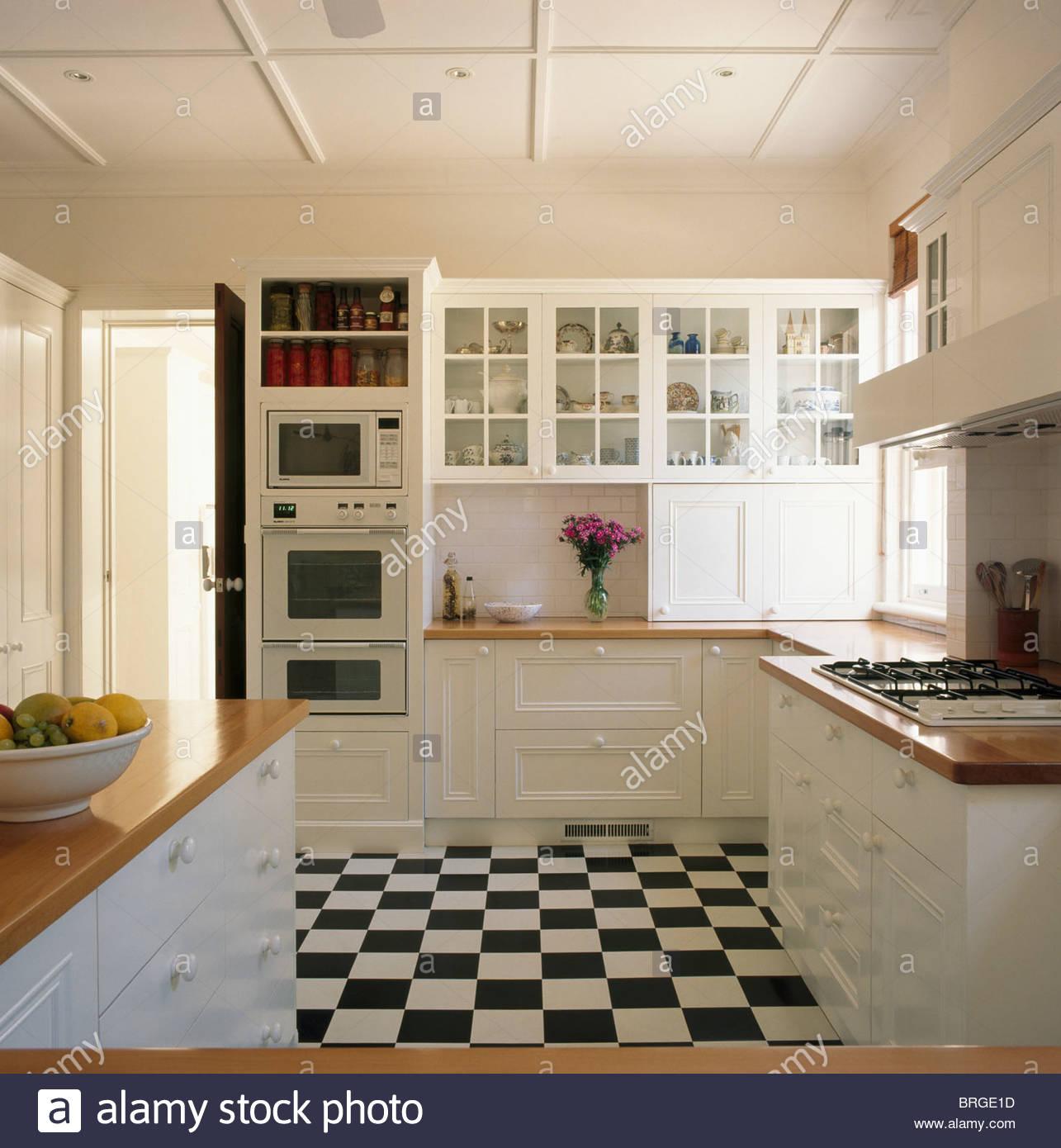 Full Size of Bodenbelag Für Küche Küchenboden Und Arbeitsplatte Küche Boden Schubladen Bodenbelag Küche Erfahrungen Küche Bodenbelag Küche