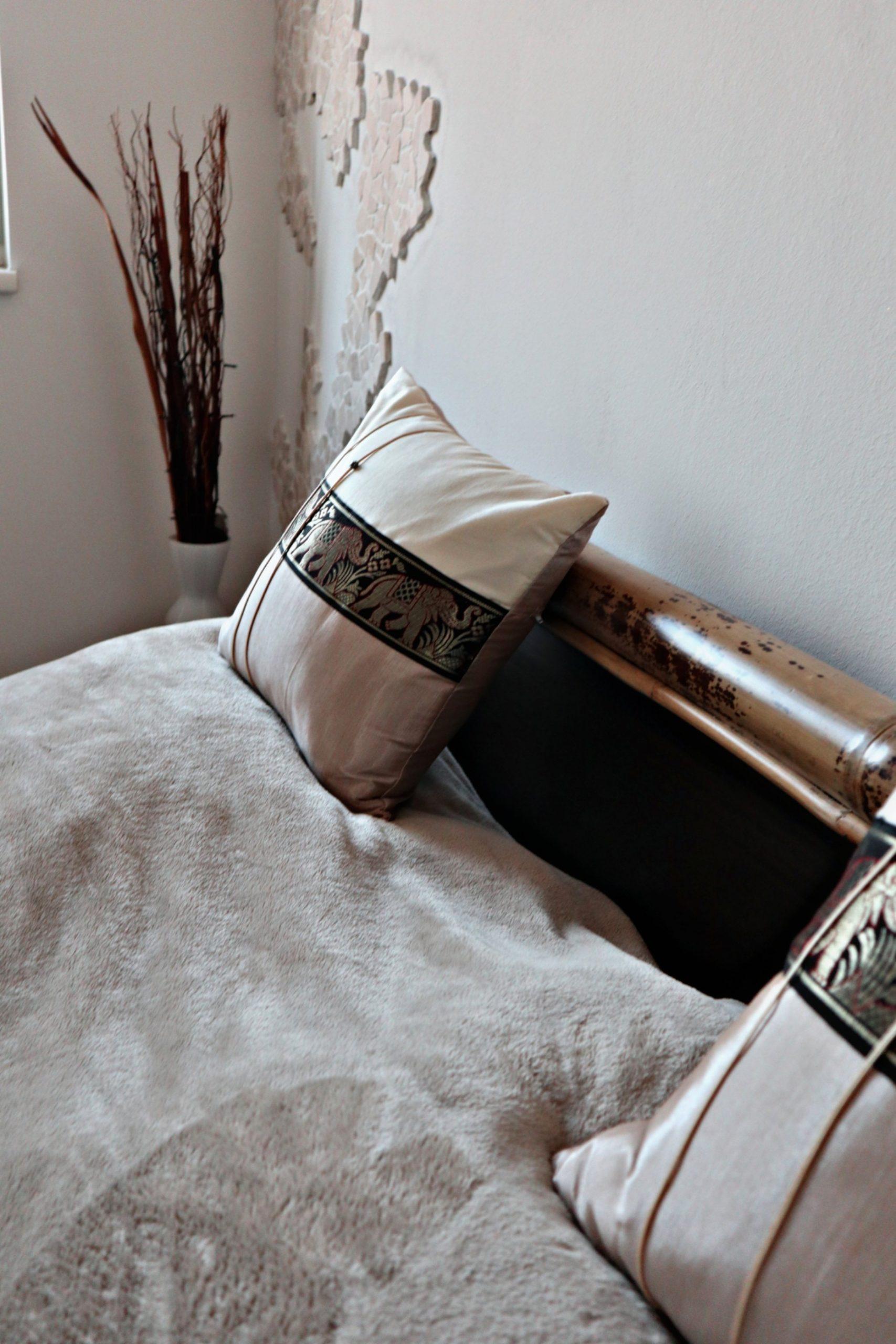 Full Size of Welche Lampen Passen Zu Unserem Schlafzimmer View Of My Life Tapeten Gardinen Für Schränke Set Weiß Stuhl Günstig Komplett Truhe Deko Kommode Romantische Schlafzimmer Lampen Schlafzimmer