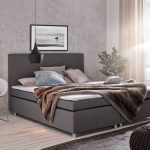 Amerikanisches Bett Bett Amerikanisches Bett King Size Kaufen Beziehen Amerikanische Betten Bettzeug Selber Bauen Mit Vielen Kissen Holz Hoch Bettgestell Stauraum Schrank Altes