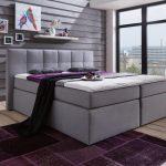 Amerikanisches Bett Bettzeug Kaufen Bettgestell Selber Bauen King Size Amerikanische Betten Holz Hoch Mit Vielen Kissen Beziehen Weiß 120x200 Zusammenstellen Bett Amerikanisches Bett