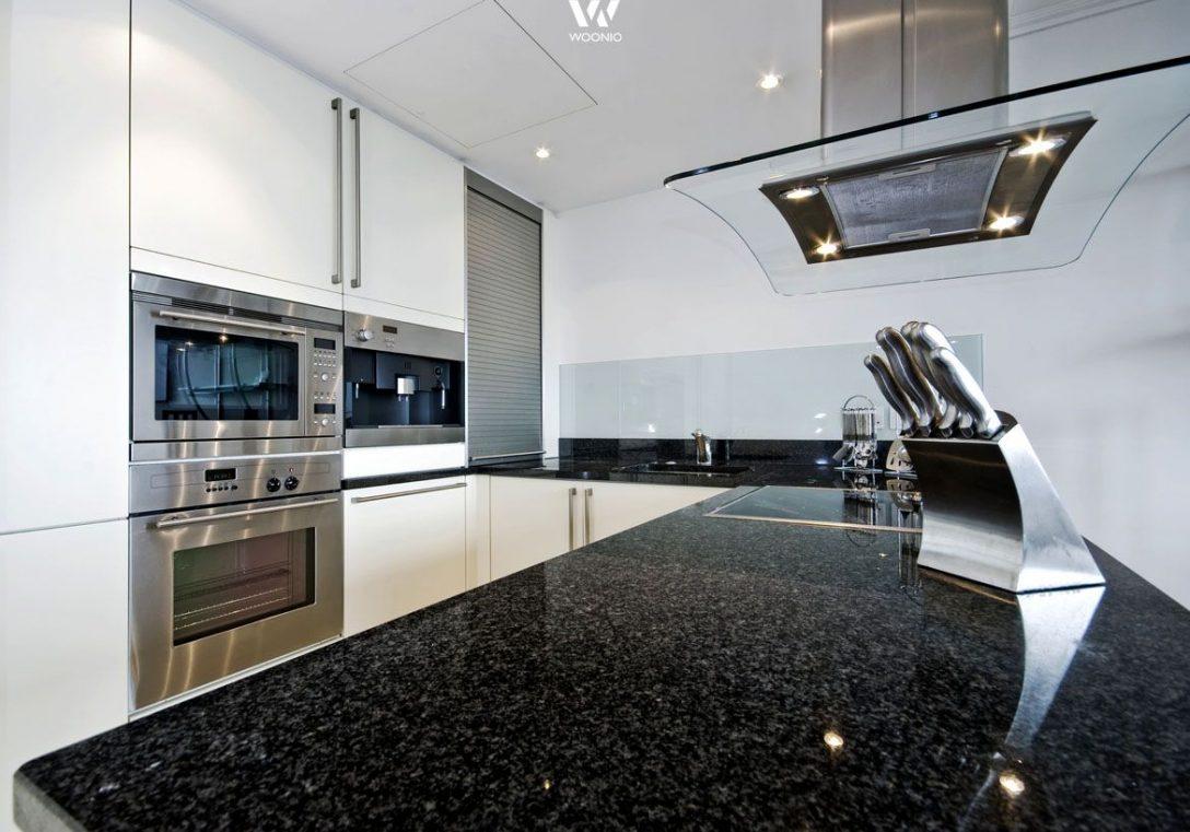 Large Size of Granitplatten Küche Schwarze Granitplatte Ist Ein Klassiker In Den Kchen Granit Moderne Landhausküche Kaufen Mit Elektrogeräten Niederdruck Armatur Küche Granitplatten Küche