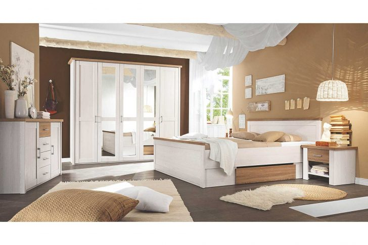 Medium Size of Kommode Schlafzimmer Landhausstil Wohnzimmer Landhaus Fenster Weißes Wandtattoo Nolte Schränke Esstisch Massivholz Wandleuchte Bett Komplettes Regal Weiß Schlafzimmer Landhaus Schlafzimmer