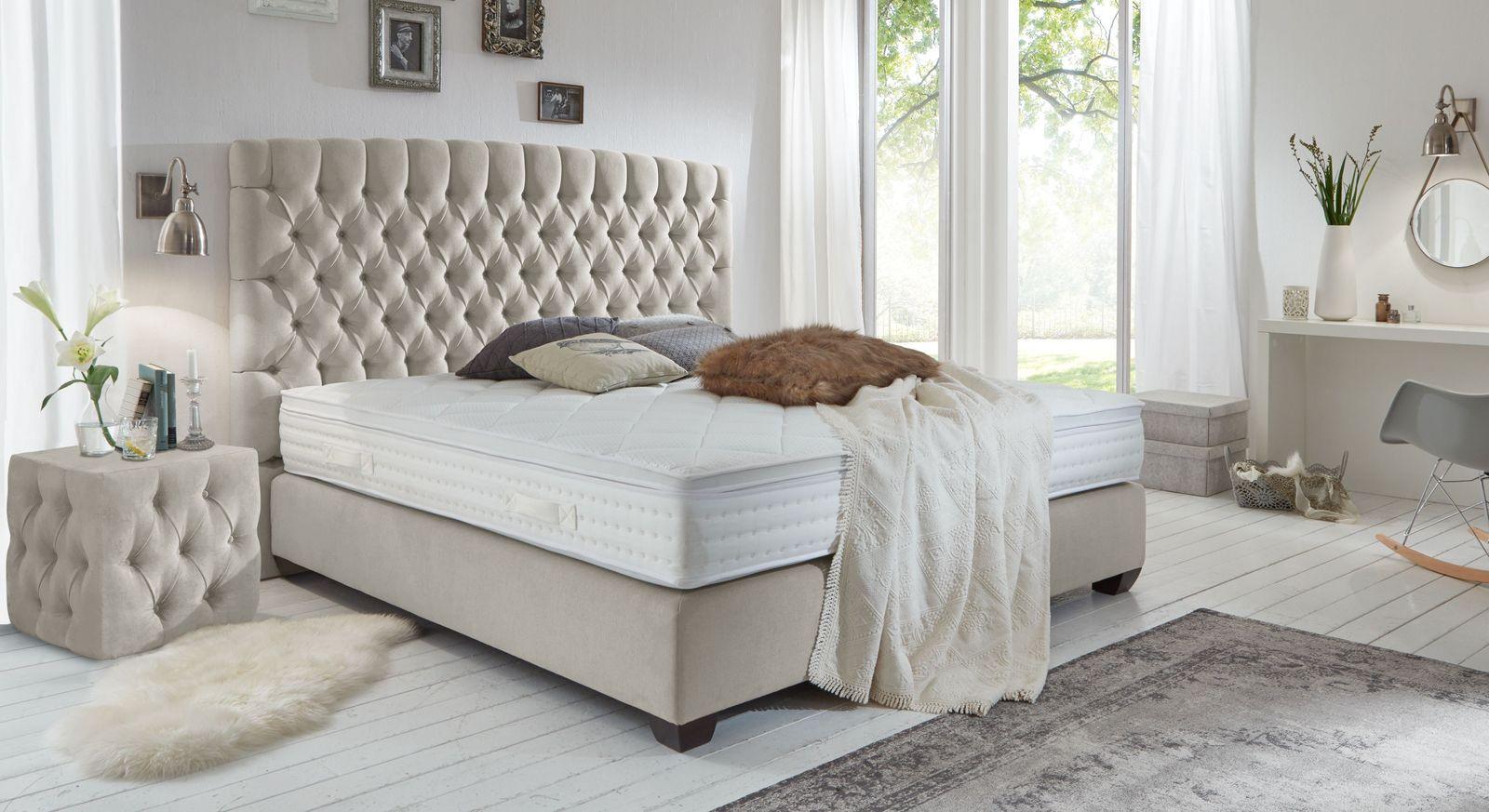 Full Size of Amerikanische Betten Royales Boxspringbett Im Englischen Chesterfield Design Palmdale Outlet De Gebrauchte Ausgefallene Nolte Bonprix Außergewöhnliche Antike Bett Amerikanische Betten